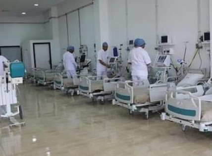 المستشفى الميداني لبني ملال يفتتح أبوابه لمرضى كوفيد 19