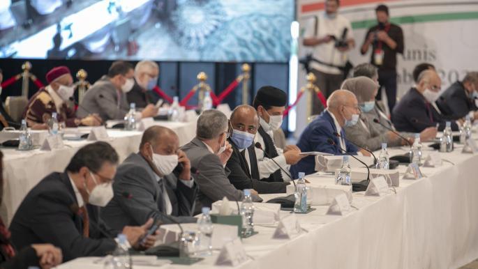 """اجتماع طنجة لـ""""توحيد نواب ليبيون"""" والملتقى السياسي لـ""""حكومة وحدة"""""""