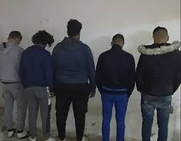 الدار البيضاء.. توقيف خمسة أشخاص محسوبين على فصيلين متنافسين لمشجعي كرة القدم