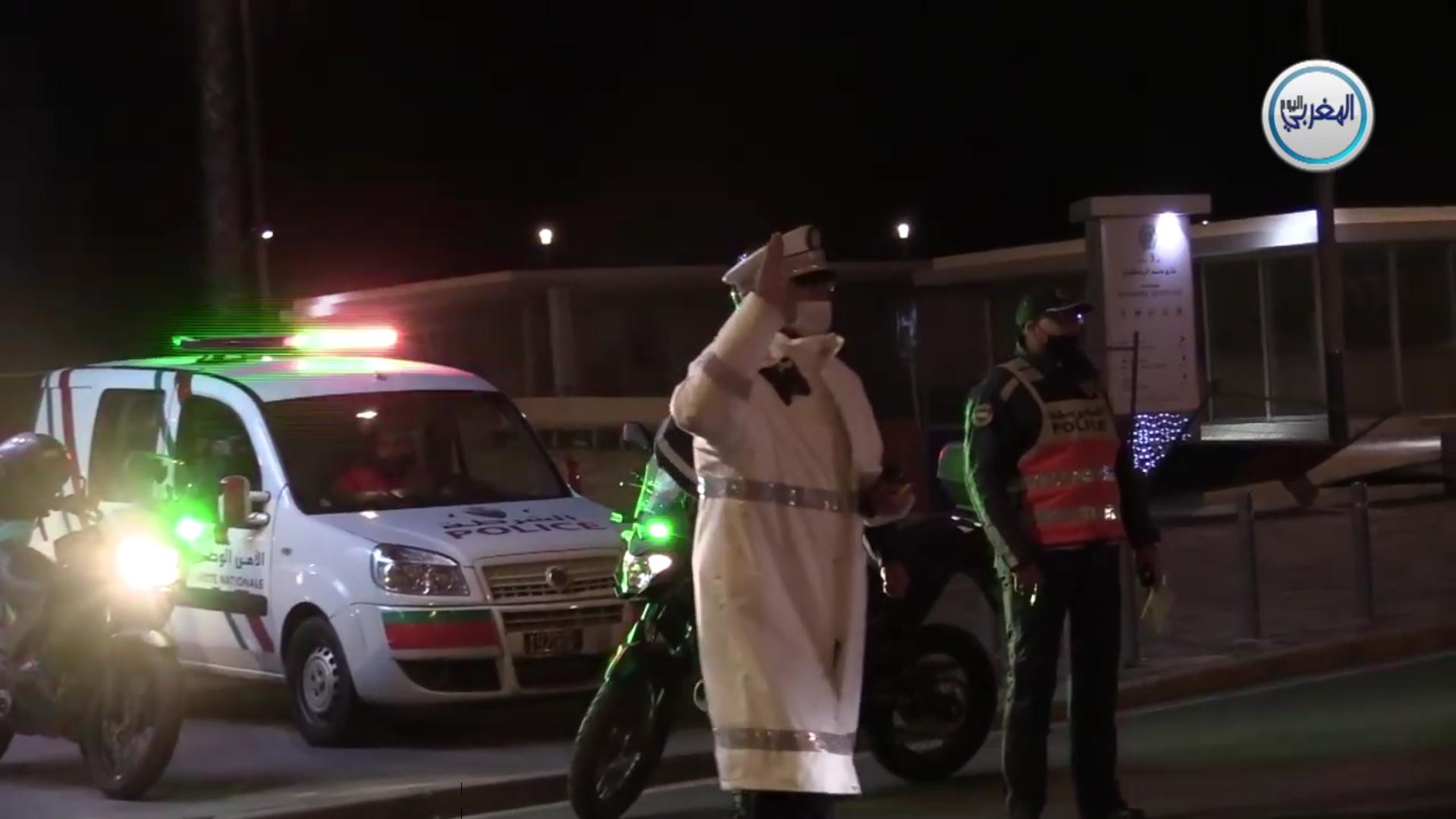 """بالفيديو… جولة عبر """"البارجات"""" ليلة رأس السنة بالدار البيضاء وعيون الأمن الوطني التي لا تنام"""