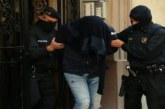إسبانيا .. إلقاء القبض على ثلاثة إرهابيين جزائريين في برشلونة